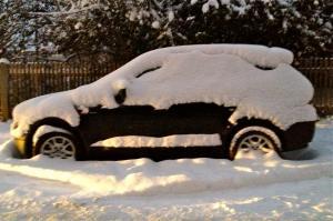 BMW-X3 in München unter Schnee